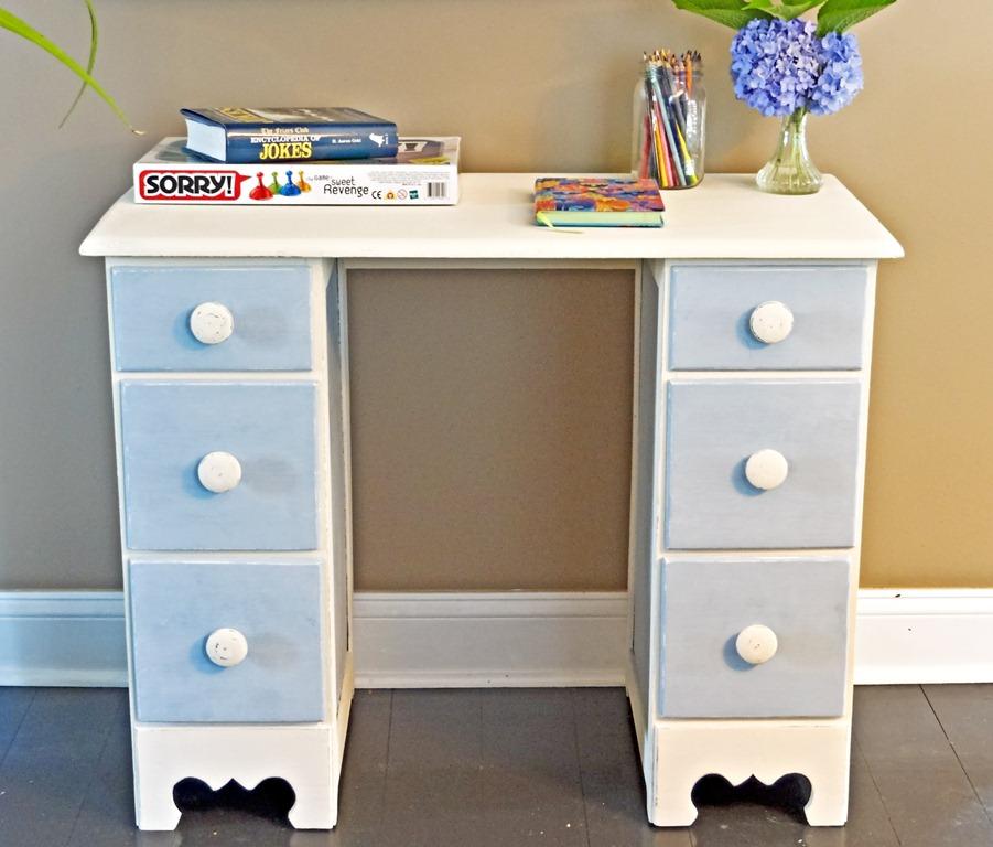 childu0027s desk finished - Childs Desk
